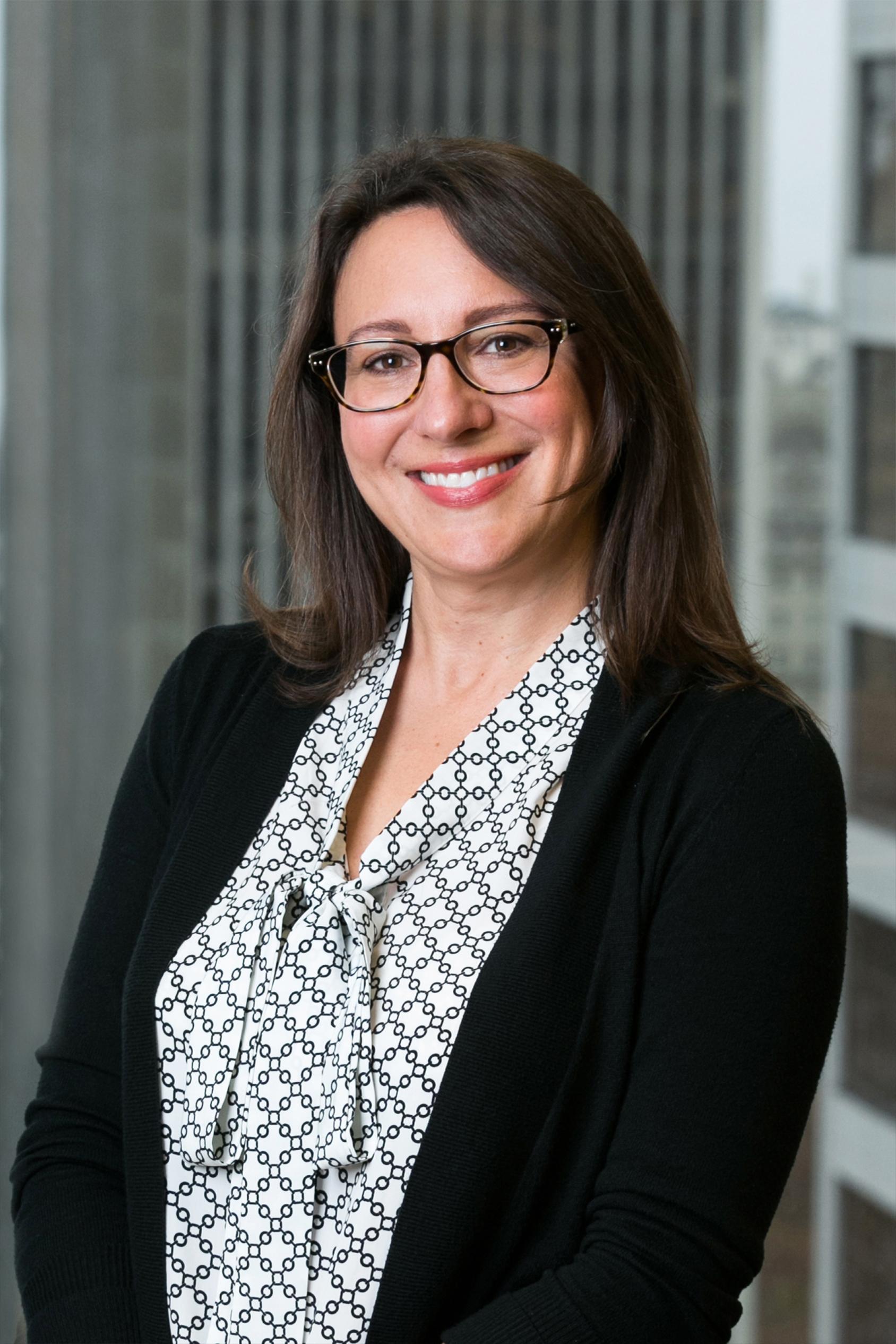 Kristin Nevins Headshot 1