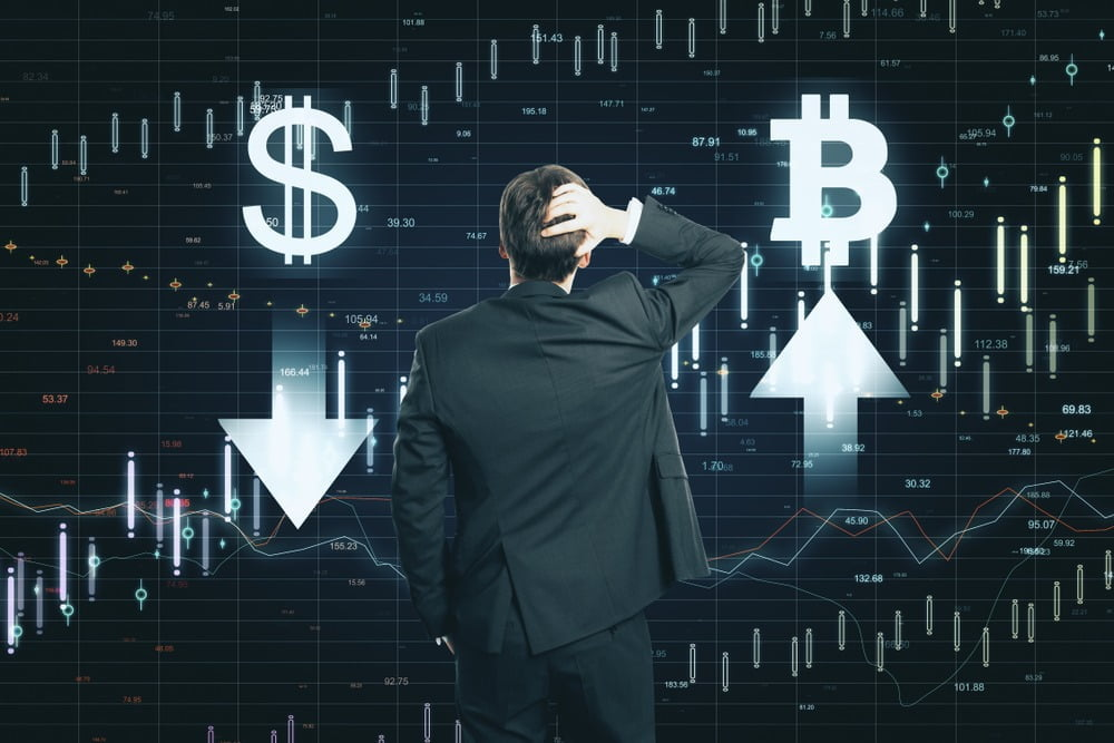 The word Bitcoin above an arrow point up and the Money symbol above an arrow pointing down