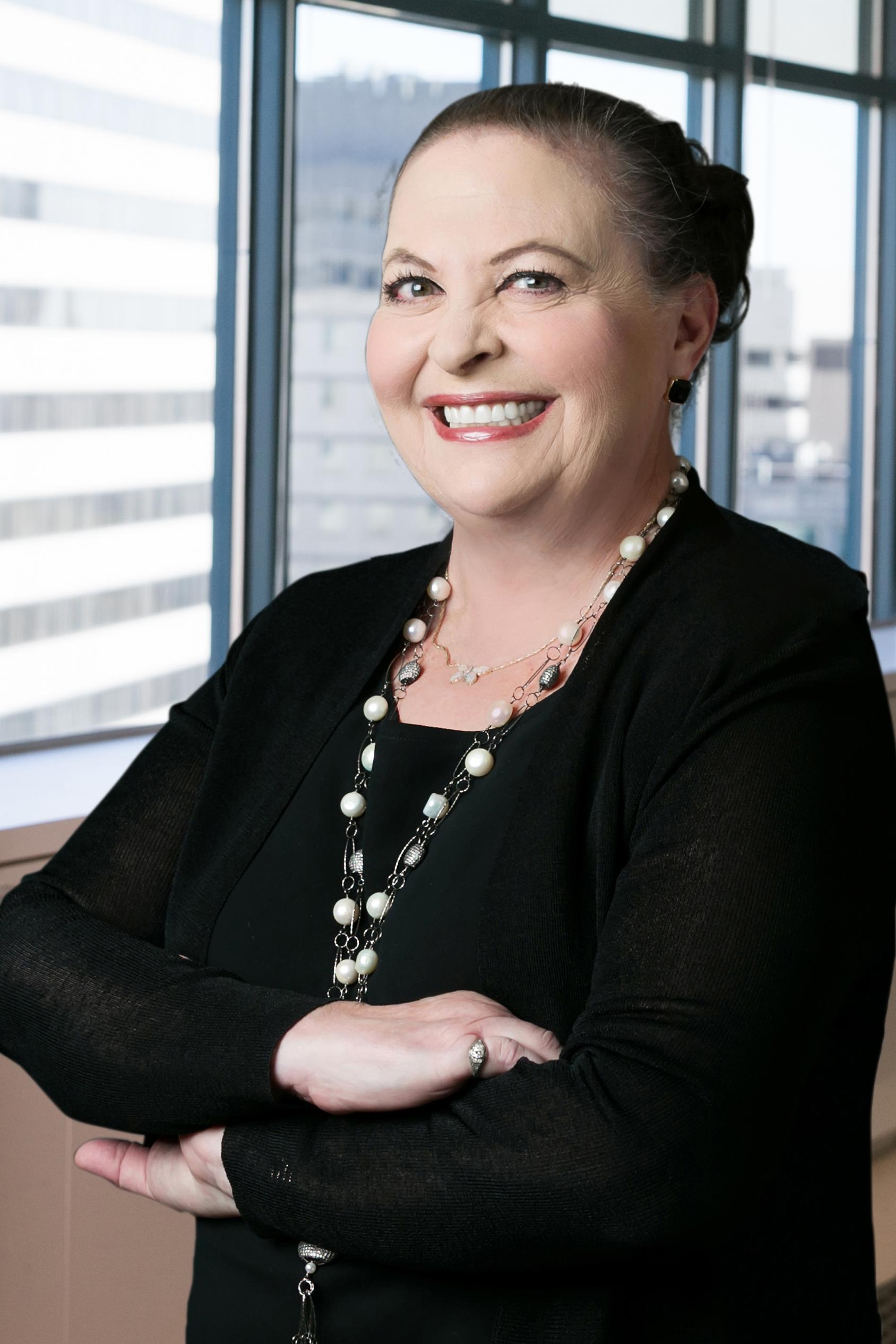 Cheryl Hepfer Headshot 1