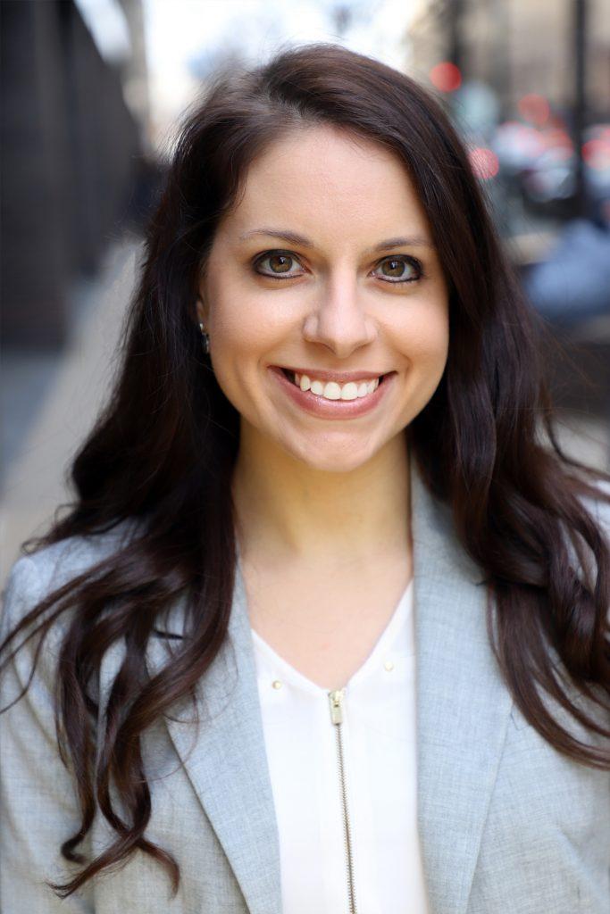 Justine Baakman Headshot_temp