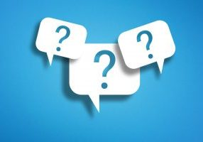3 questions marks in a speech bubble